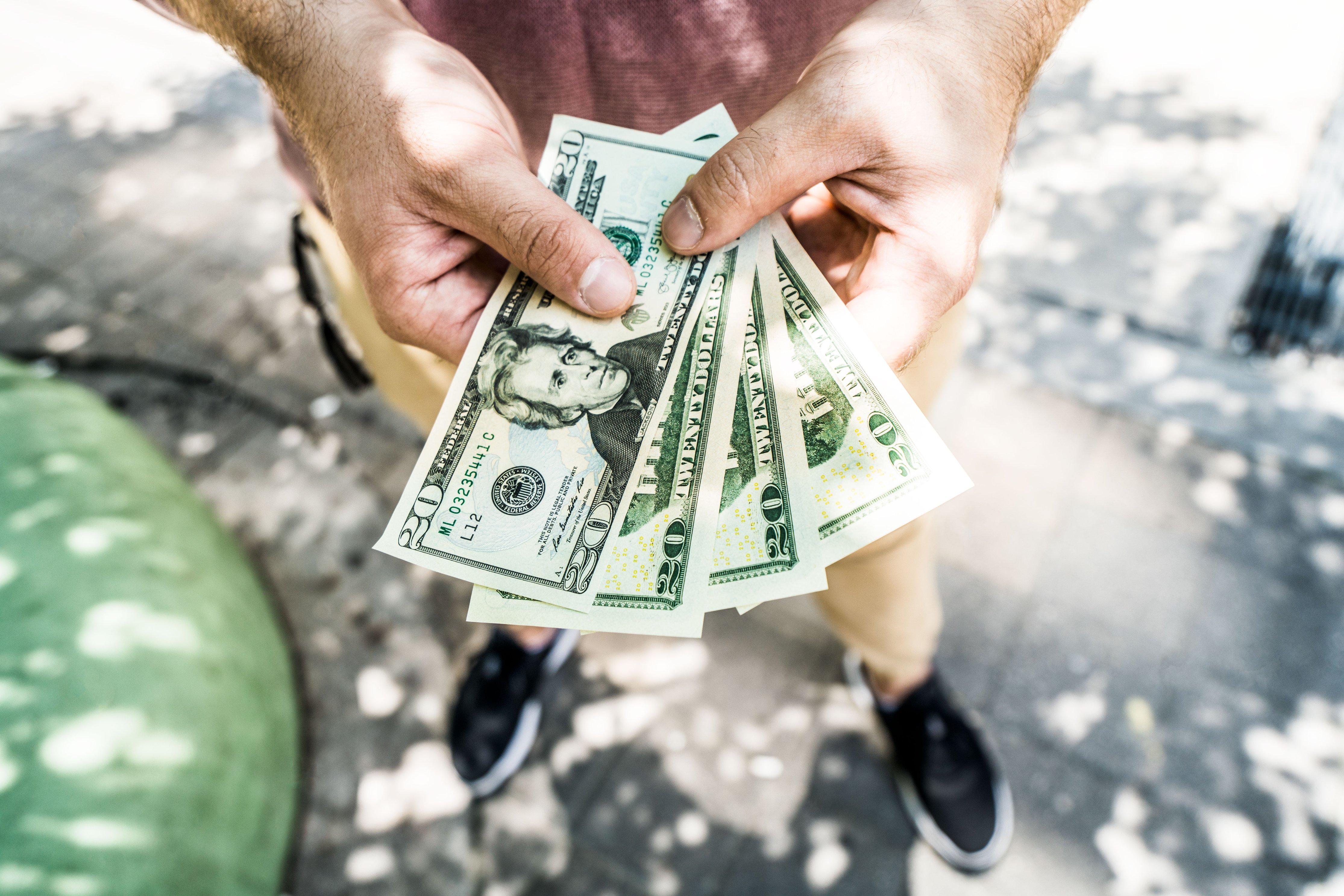 StockSnap 11HX337XXR - How to earn money online — A beginners guide