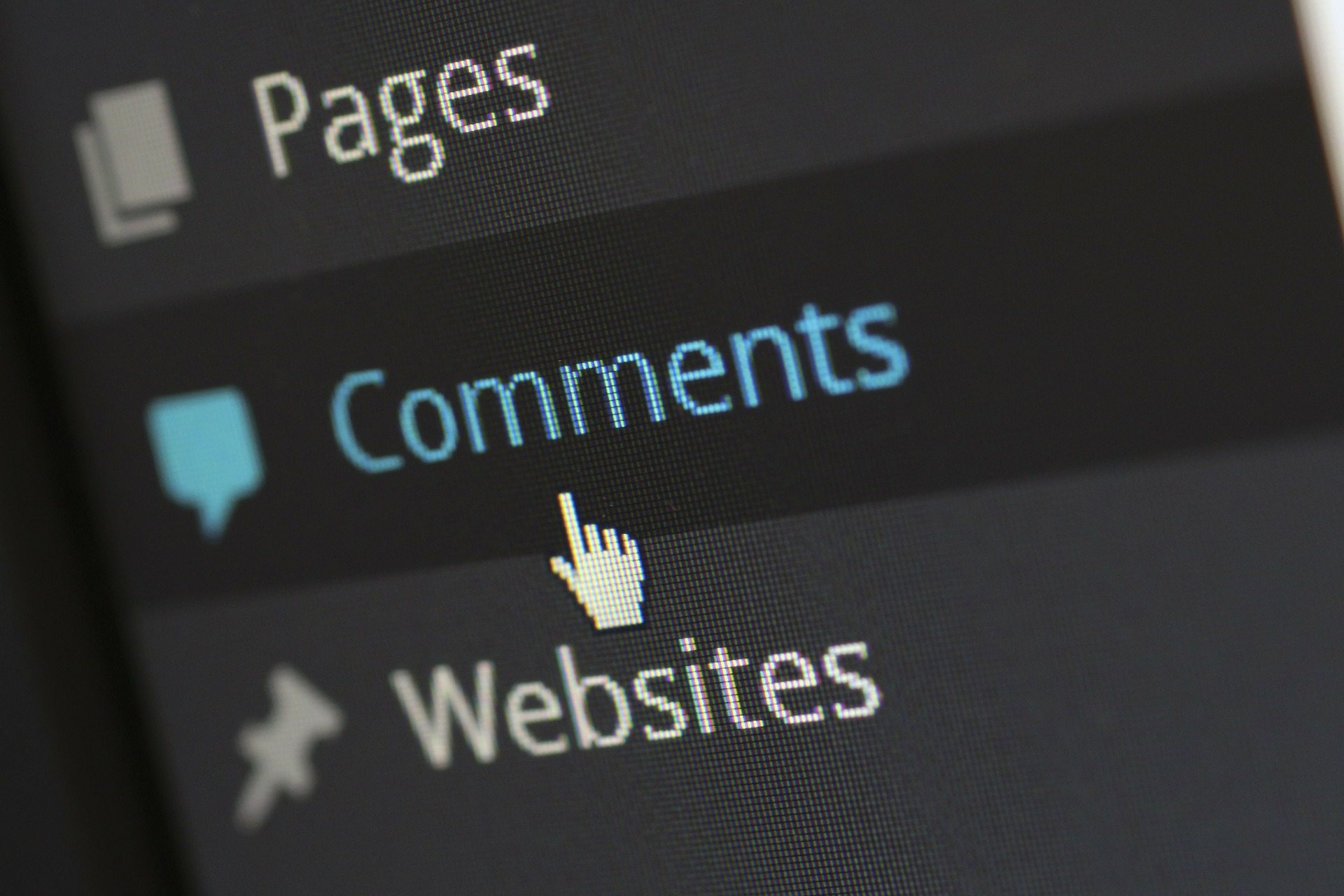 Attract visitors to your blog with comments